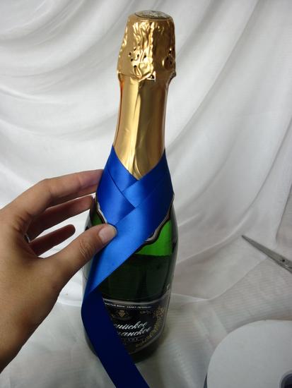 Как быстро украсить бутылку для подарка