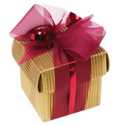 Часто подарки делаются и просто так, без официального повода, по...