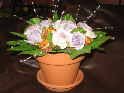 Искусственные или живые цветы и