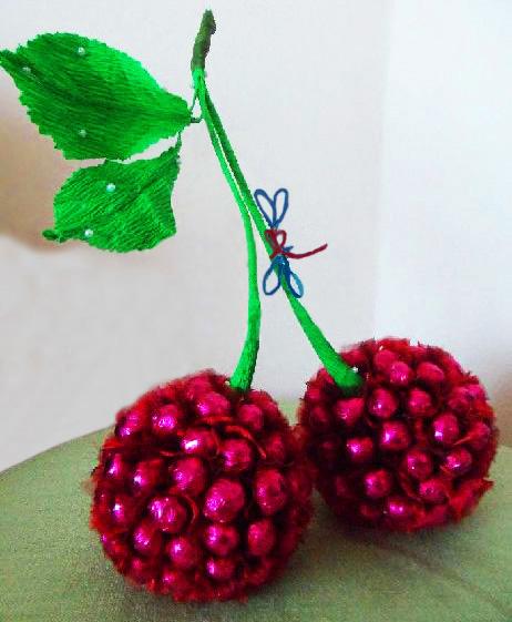Яблоко из конфет мастер класс пошаговый #9