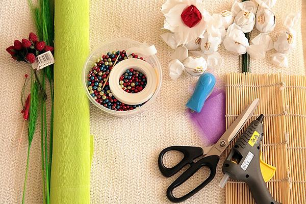 Букеты из конфет своими руками пошаговые фото