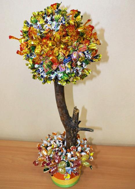 Дерево из конфет своими руками пошаговые фото 442