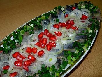 Салаты из сельди соленой рецепты с фото