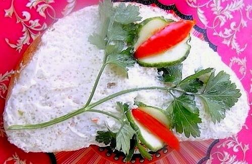 Фото жареной курицы салатом