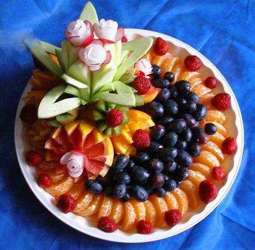 http://supercook.ru/decoration/images-decoration/fruktovaya-narezka-05.jpg
