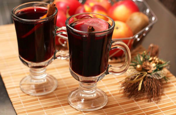 Немного алкоголя Глинтвейн - тоже отличное средство от простуды.