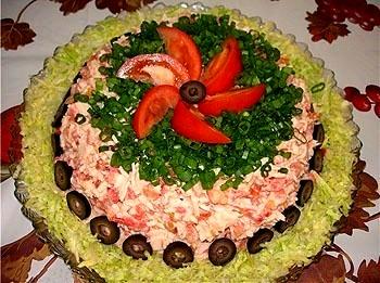 Чем порадовать домашних ...? - Страница 2 Salat-ukrash-01