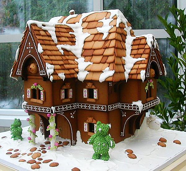 Новогодняя декорация дома своими руками
