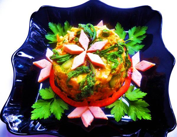 Салатов салат венеция с ананасом