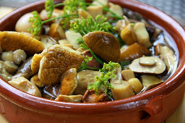 Шаровидный георгин из редьки – кулинарный рецепт