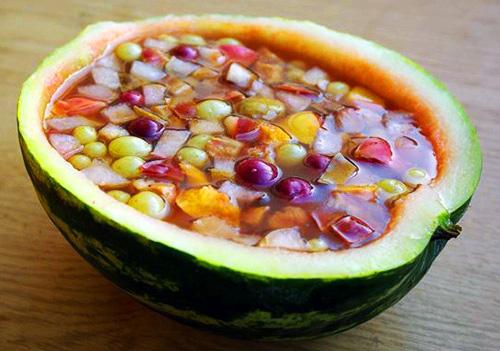в арбузе фрукты фото