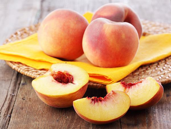 полезные свойства персиков и нектаринов