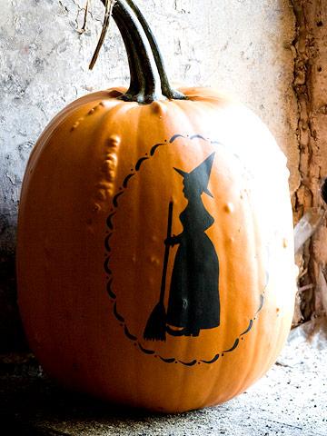 halloween pumpkin 01 - Как сделать костюм таракана своими руками