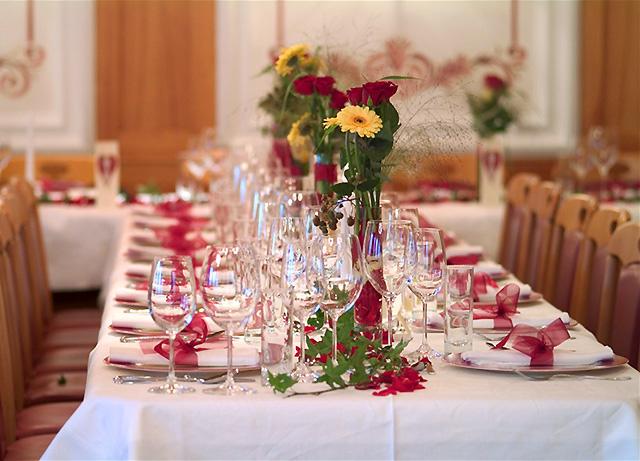 фото красивое оформление праздничного стола