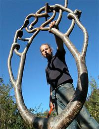 Изяществу некоторых произведений невозможно не удивиться (фото с сайта growingvillage.com).